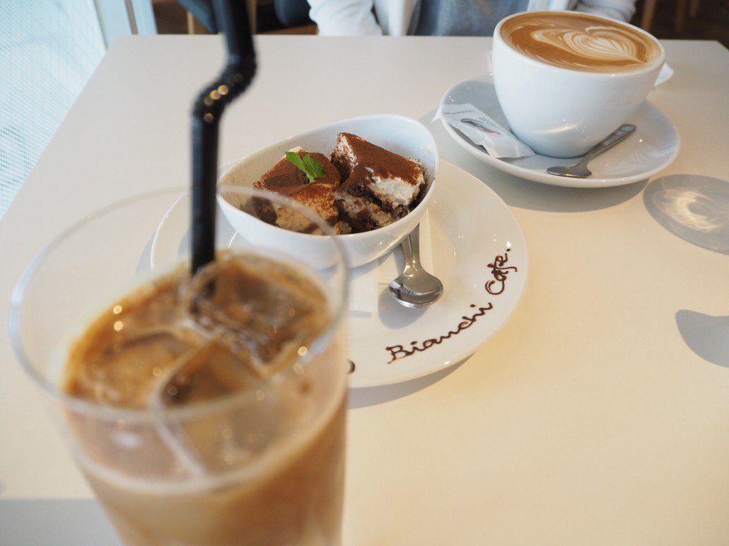 ビアンキカフェ
