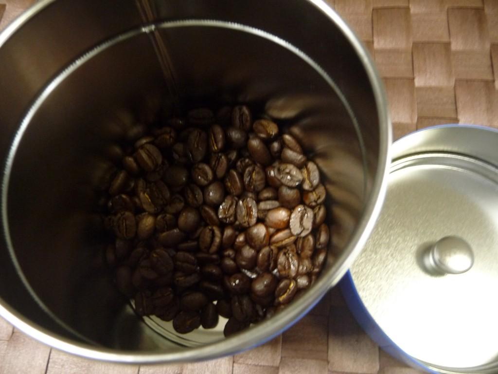 深煎りの豆を使用