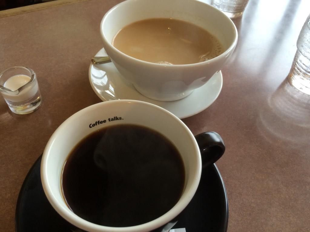 珈琲とカフェオレボウル