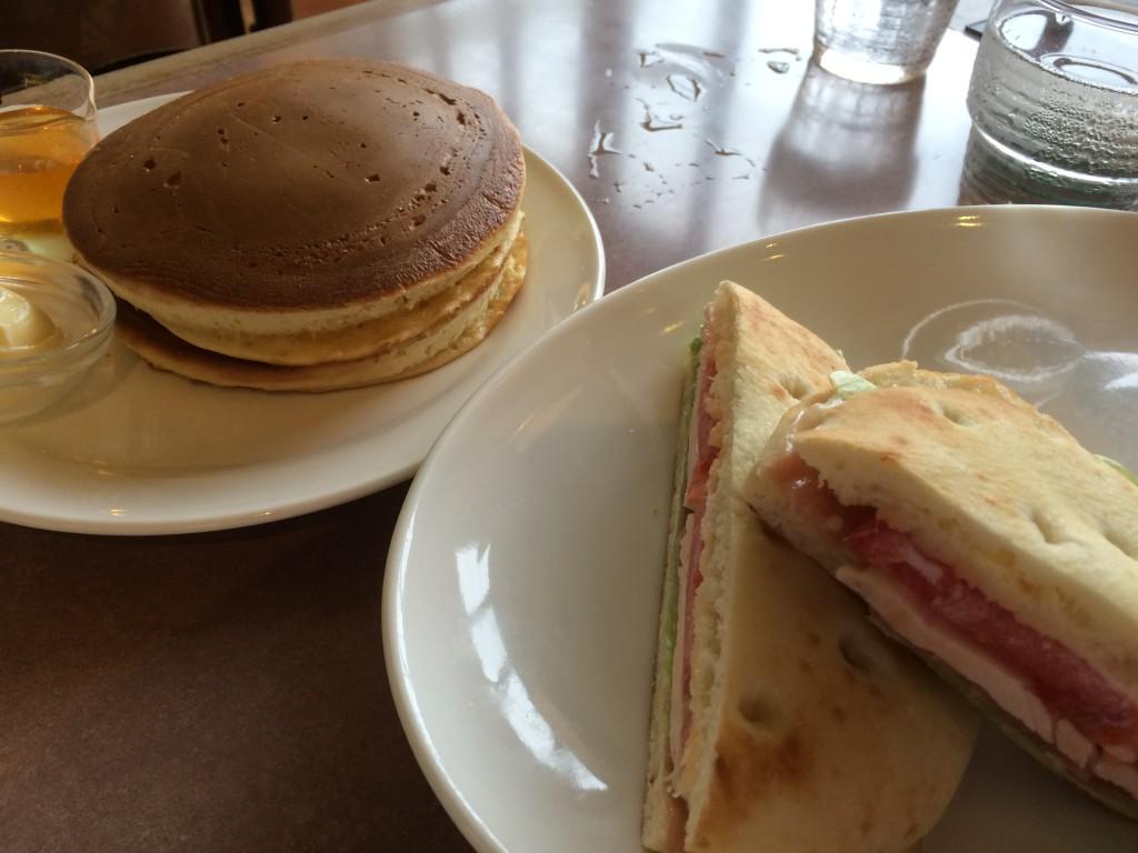 パニーニとパンケーキ