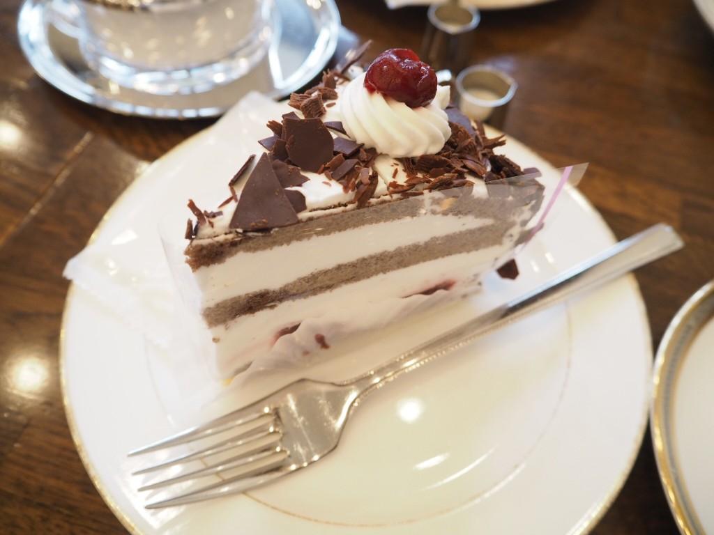 ケーキの名称は・・・忘れてしまいました・・・